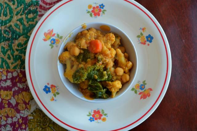 que sera sara veg curry top down